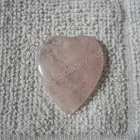 Mặt trái tim thạch anh hồng
