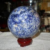 Quả cầu đá lapis lazuli trung