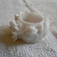 Nhẫn Rồng cẩm thạch trắng