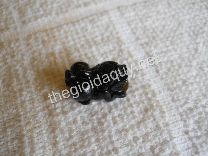 Mặt nhẫn Tỳ hưu đá Tektite