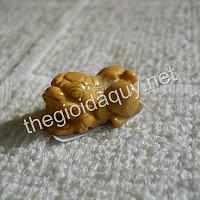 Mặt nhẫn Tỳ Hưu Chalcedony vàng
