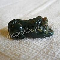 Tỳ Hưu sừng dài đá chalcedony xanh