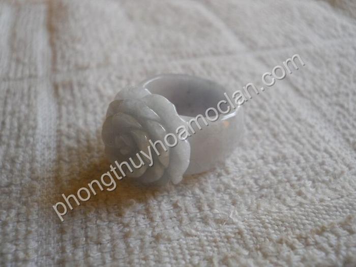 Nhẫn Mẫu Đơn cẩm thạch xanh