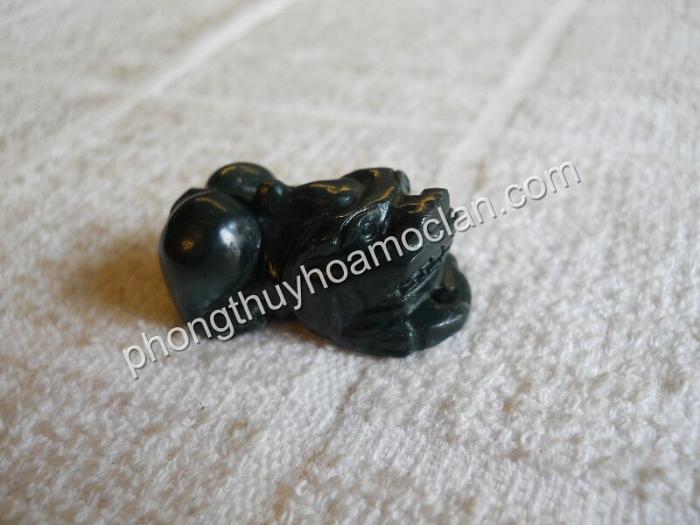 Mặt dây chuyền Tỳ Hưu Chalcedony xanh