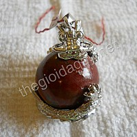 Rồng ôm cầu đá Chalcedony đỏ