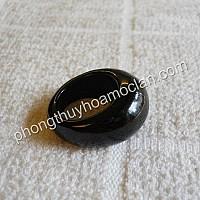 Nhẫn đá mã não đen mặt tròn