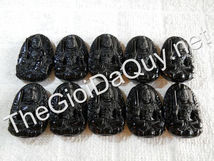 Phật bản mệnh Bất Động Minh Vương nhỏ Obsidian