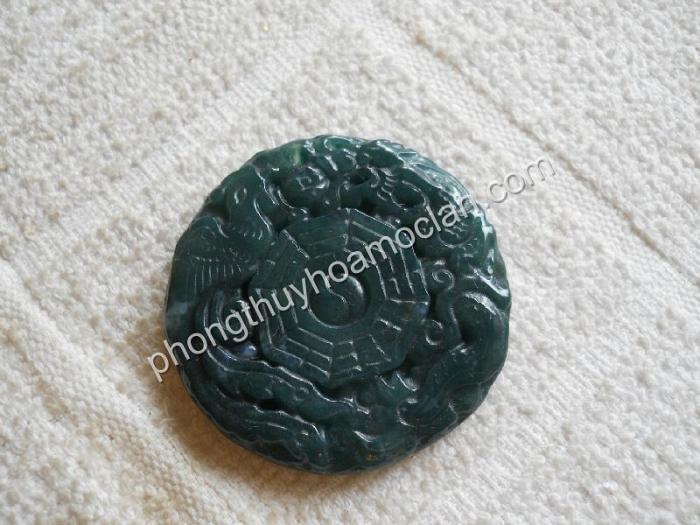 mat-Rong-Phung-bat-quai-da-chalcedony-xanh