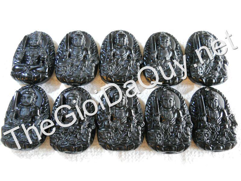 phat-ban-menh-van-thu-da-obsidian-nui-lua